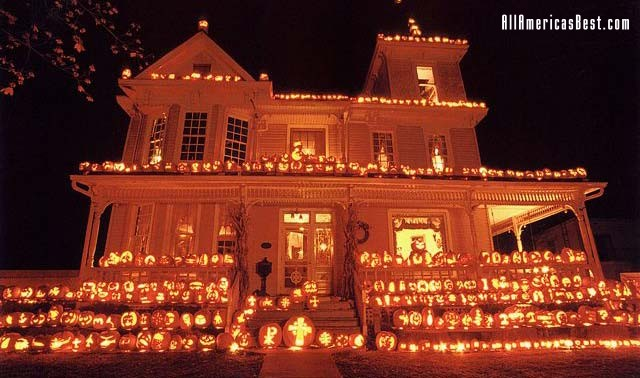 halloween pumpkin house by - photo #12